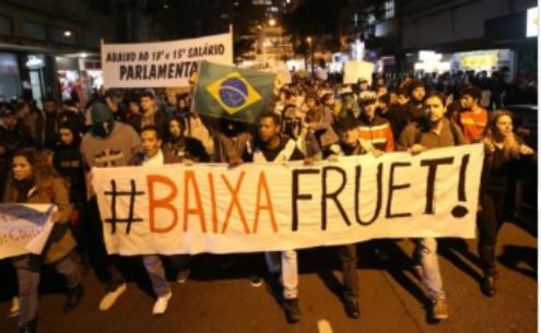 Se tem R$ 572 milhões para Copa, tarifa deve baixar para R$ 2,50, diz Movimento Passe Livre