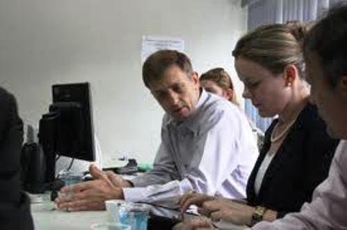 PT terceiriza serviços de hospitais públicos