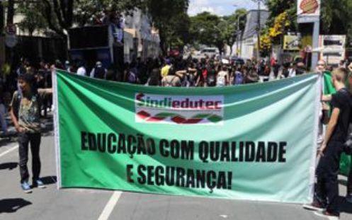 1003protesto