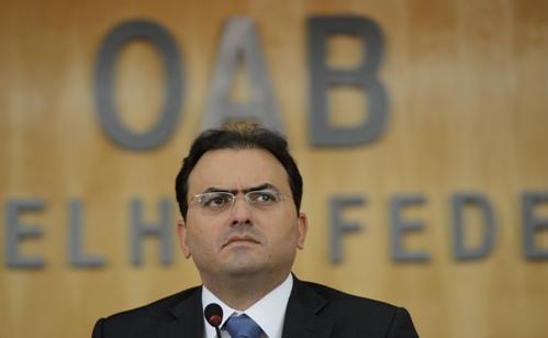 OAB quer acordo antiguerra suja na rede