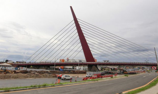 Nenhuma obra pública programada em Curitiba ficou pronta para a Copa, diz TCE-PR