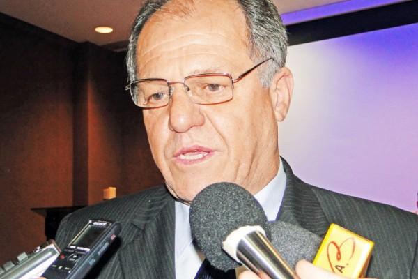 Cury inscreve chapa para eleição da FPF