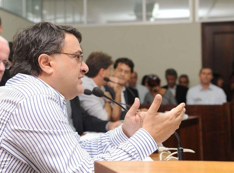 Paraná cobra na Justiça dívida de R$ 130 milhões do Ministério da Saúde