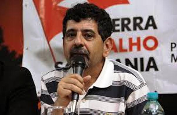 Quem se desfilia do PT não tem caráter, diz Natalino Bastos