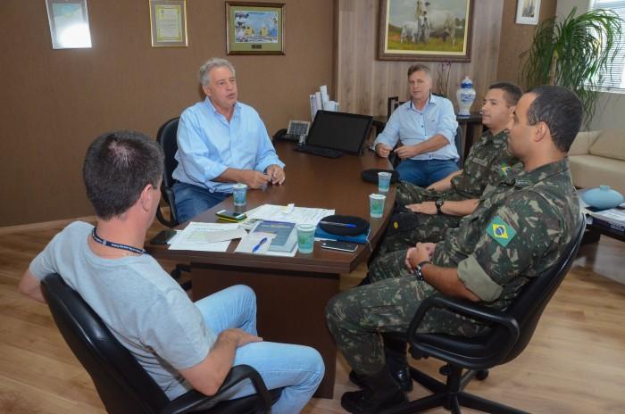 SJP e Exército combatem mosquito 'Aedes aegypti'