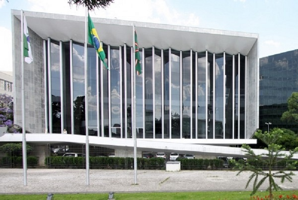Legislativo e democracia em debate na ALEP