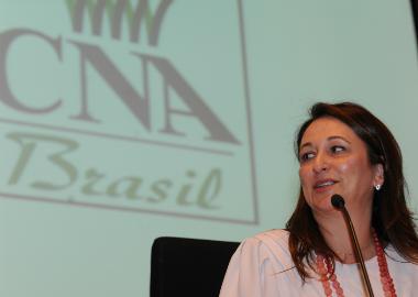 Entidade presidida por Kátia Abreu apoia impeachment de Dilma