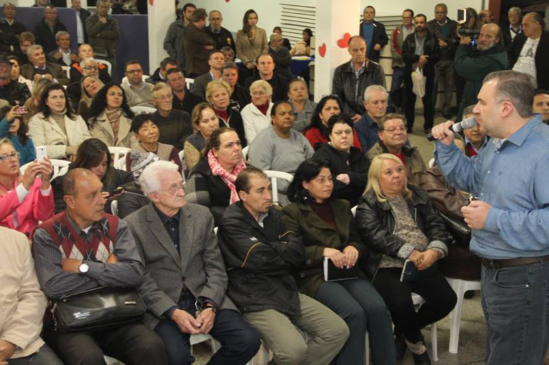 500 moradores do Boa Vista se reuniram com Ney Leprevost