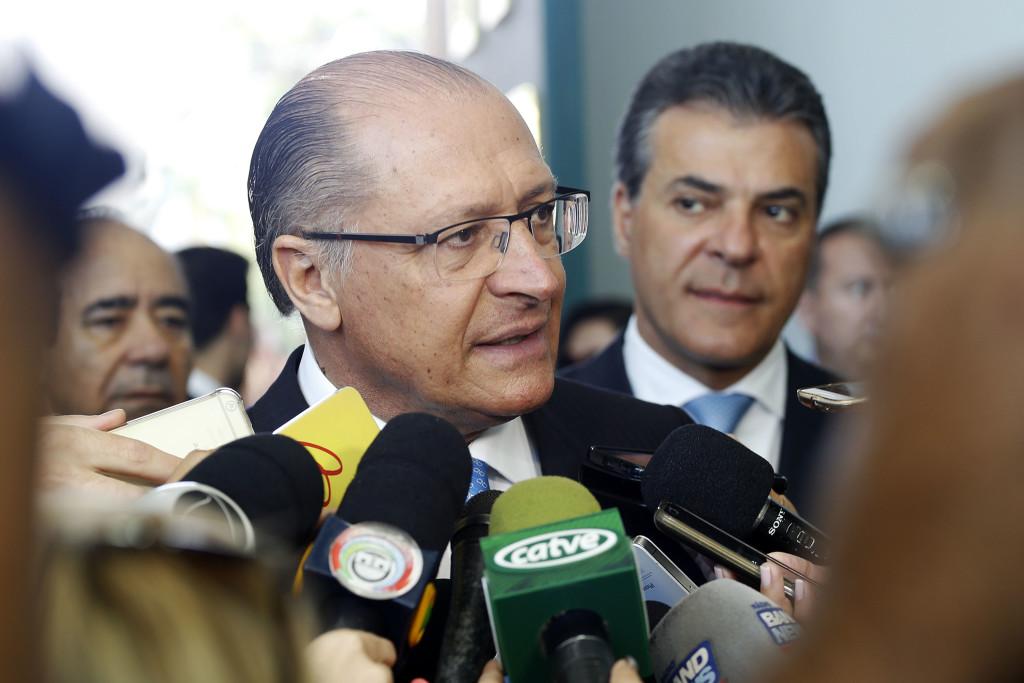 'PR faz a diferença para tirar o País da crise', diz Alckmin
