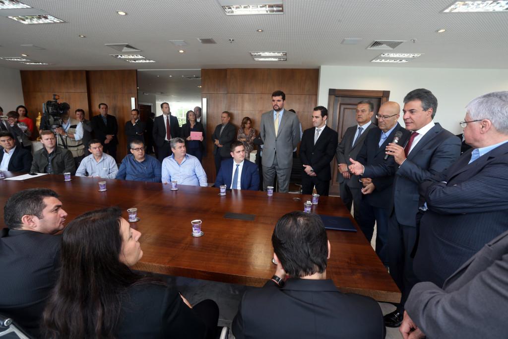 Boca Maldita: Richa autoriza financiamento para 72 municípios paranaenses