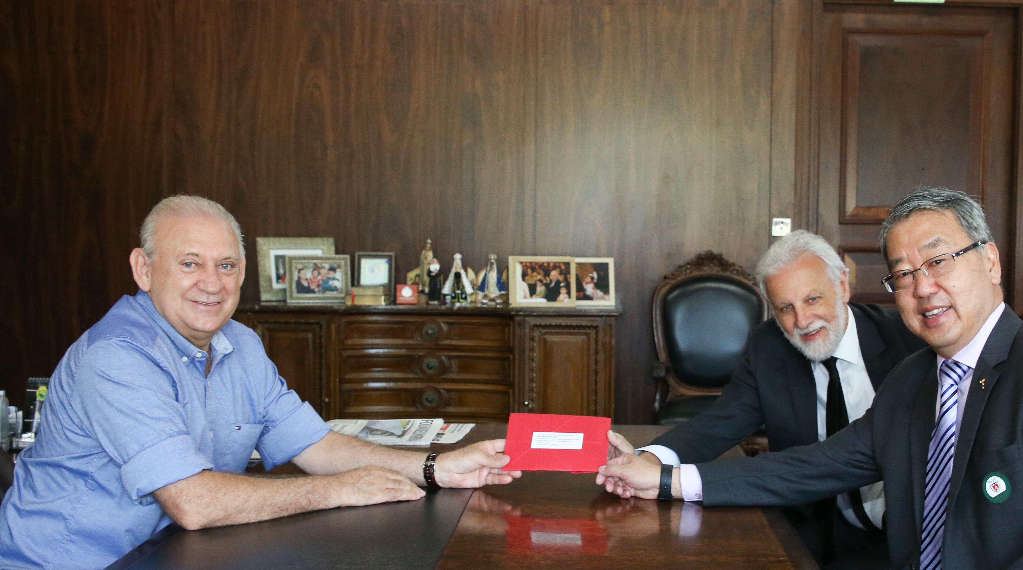 Traiano recebe o novo presidente eleito do TRE