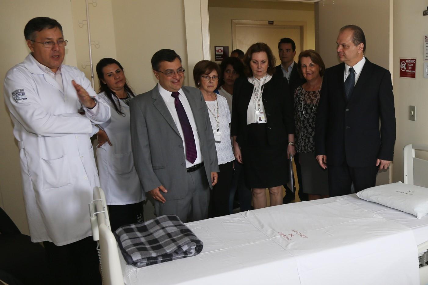Hospital das Clínicas abre 109 novos leitos