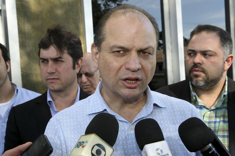 Ricardo Barros anuncia reaberturade 106 leitos no HC