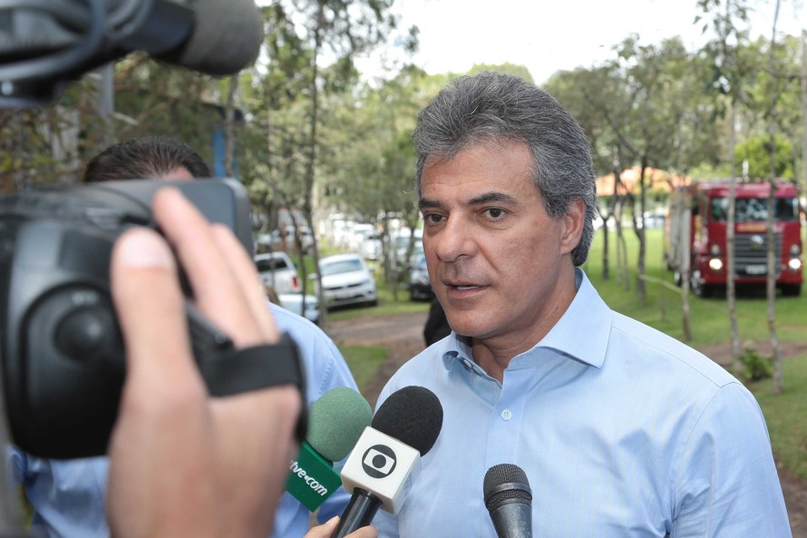 Richa vai repassar R$ 134 milhões aos fundos rotativos das escolas