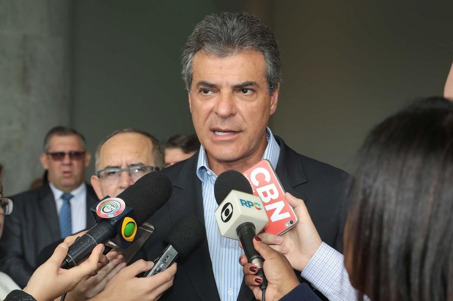 Richa repassa R$ 121,6 milhões às prefeituras
