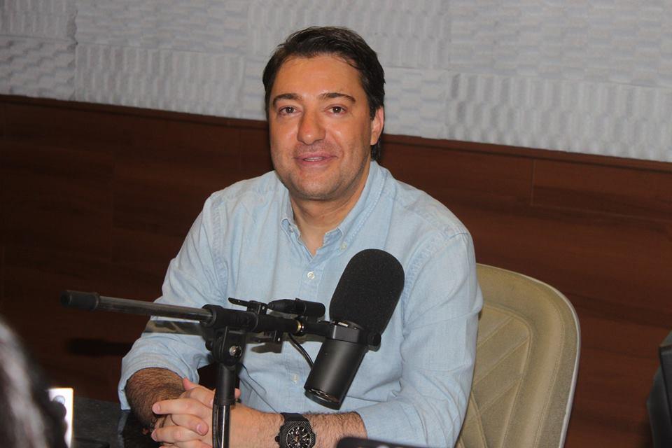Pista do aeroporto de Foz do Iguaçu será ampliada para receber voos internacionais, diz Giacobo