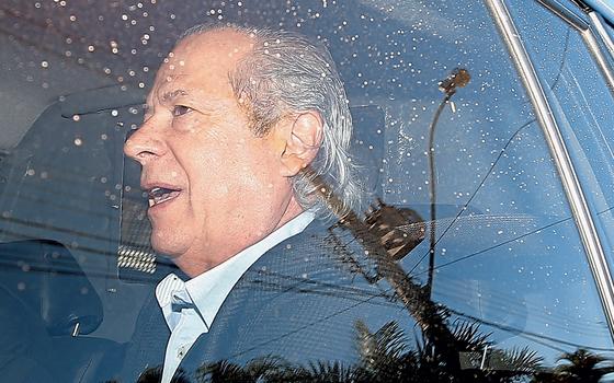 Imóveis de José Dirceu confiscados na Lava Jato e avaliados em R$ 11 milhões vão a leilão
