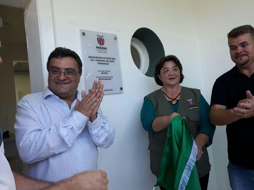 Michele Caputo entrega nova unidade de coleta de sangue e duas novas ambulâncias em Paranaguá