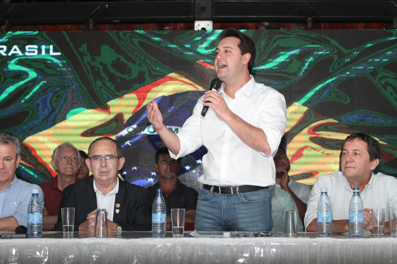 Ratinho Jr defende incremento do turismo em Foz do Iguaçu