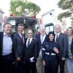 Barros entrega novas ambulâncias para o Samu