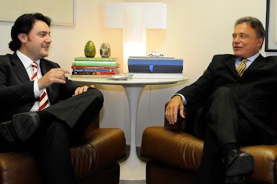 Ratinho Junior vai conversar com Alvaro Dias