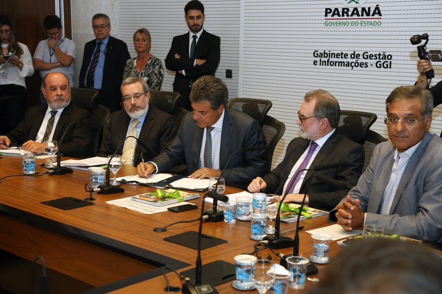 Richa autoriza consórcios a iniciar estudos da ferrovia que ligará Paraná ao Mato Grosso do Sul