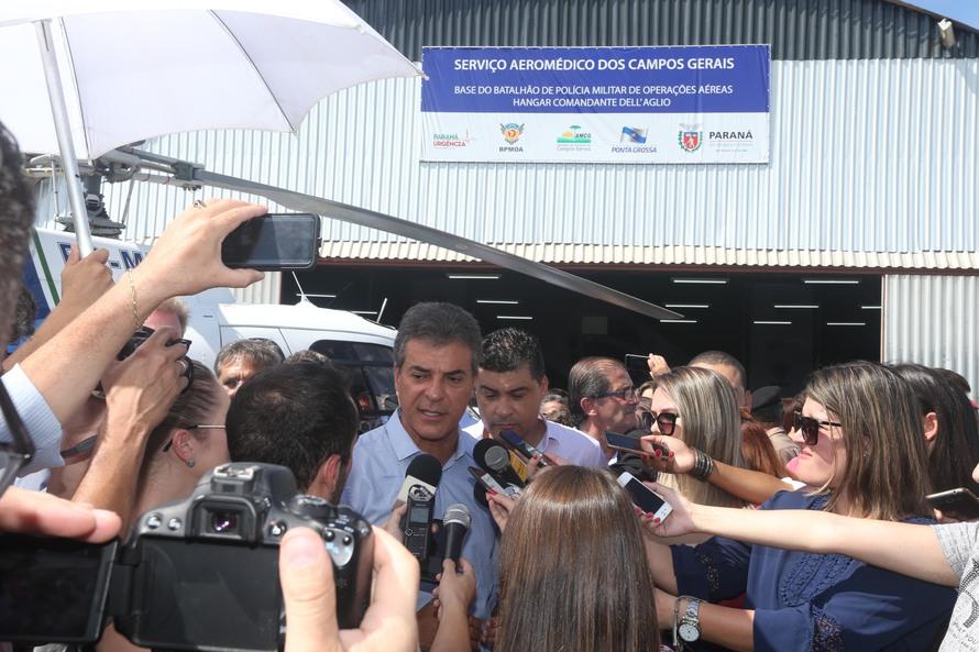 Richa entrega serviço aeromédico para atender mais 57 cidades do Paraná