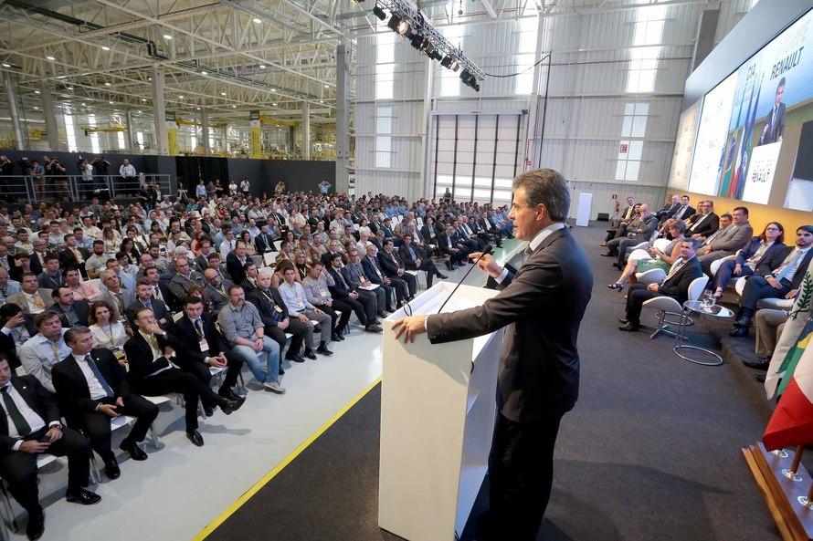 Richa inaugura nova fábrica da Renault no Paraná