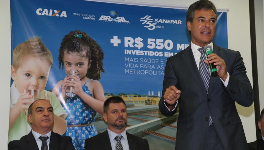 Richa repassa R$ 550 milhões para obras de saneamento em 17 cidades da RMC