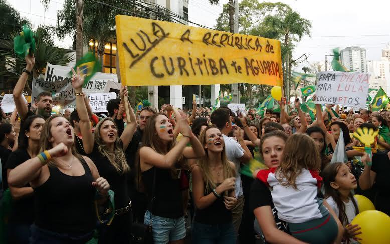 MBL prepara 'recepção' a Lula em Curitiba