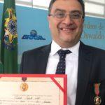 Michele Caputo recebe maior honraria da saúde brasileira
