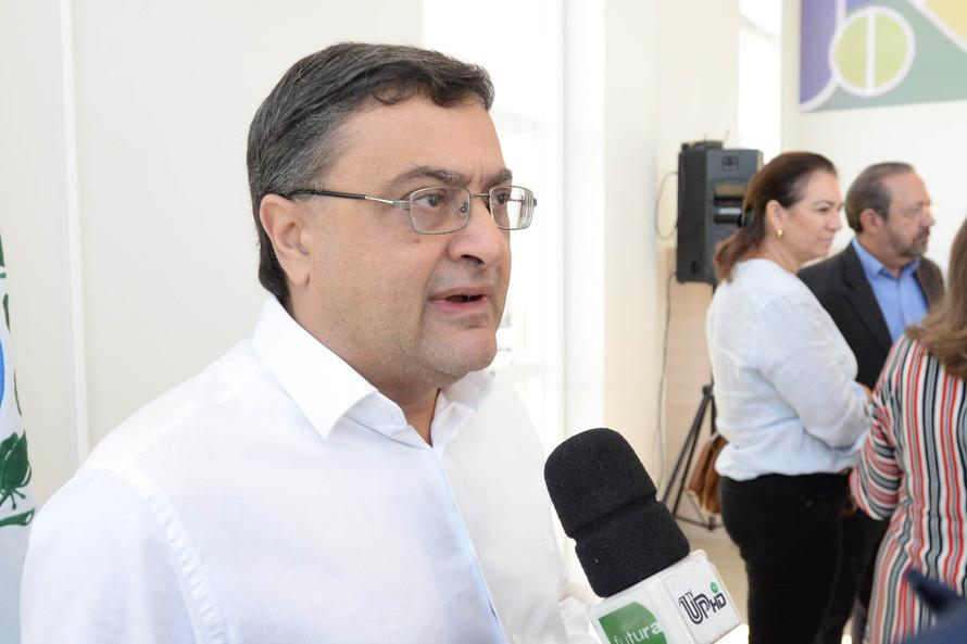Em Umuarama, Michele Caputo inaugura novo centro regional Mãe Paranaense e a nova sede da Farmácia Paraná