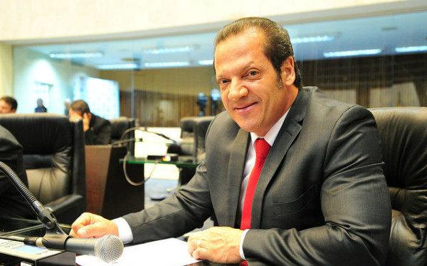 Gilberto Ribeiro troca PRB pelo PP