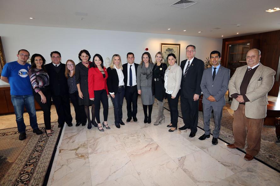 Paraná vai ampliar estrutura de apoio para pessoas autistas