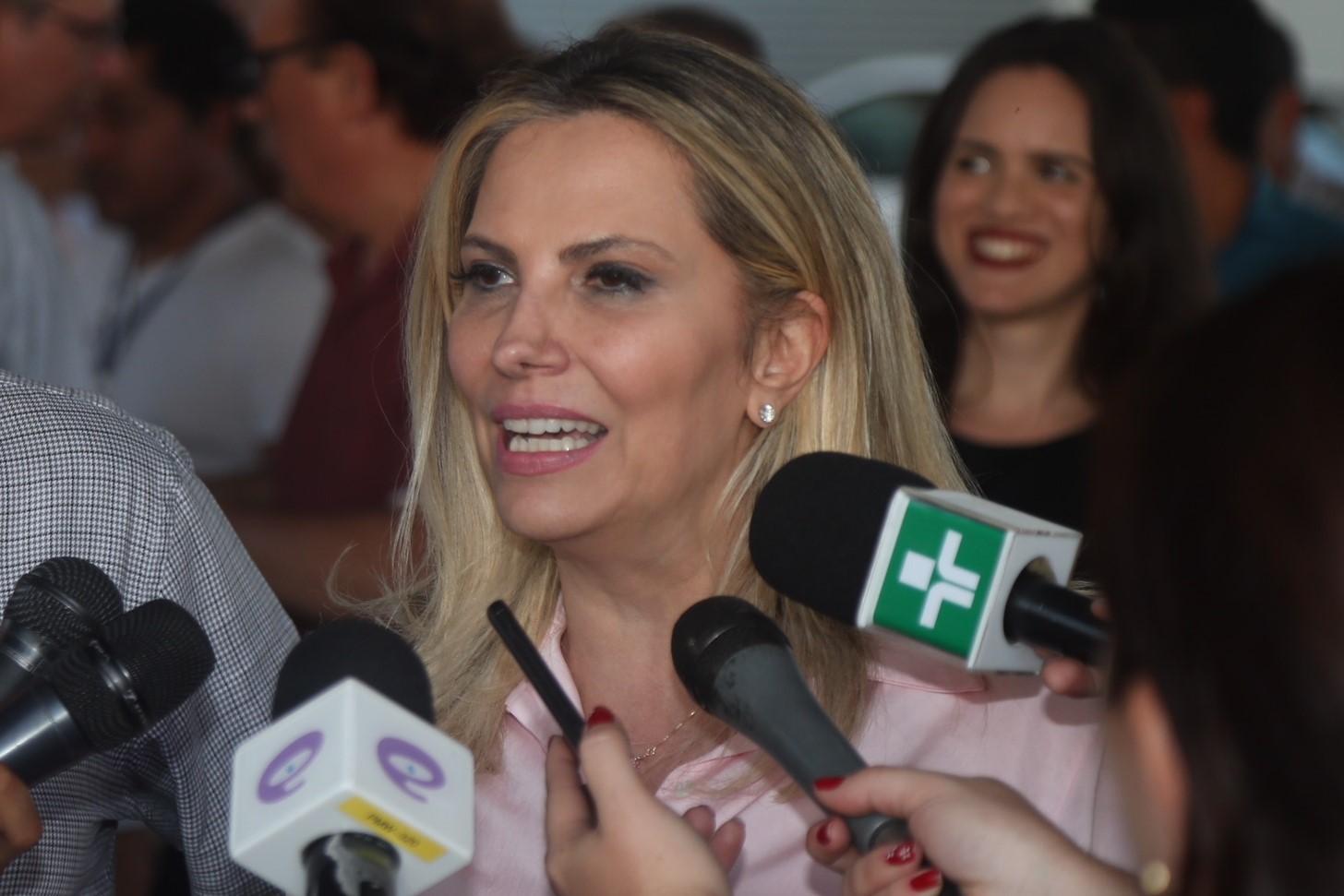 Cida anuncia R$ 7,6 milhões em obras para Paranavaí e se reúne com prefeitos da região