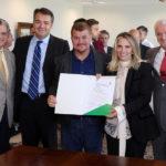 Cida repassa R$ 3 milhões para obras em 11 cidades