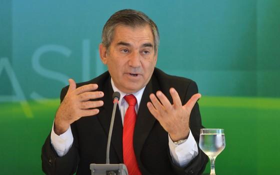 Juiz manda intimar Gilberto Carvalho para que ele se defenda em ação penal da Operação Zelotes