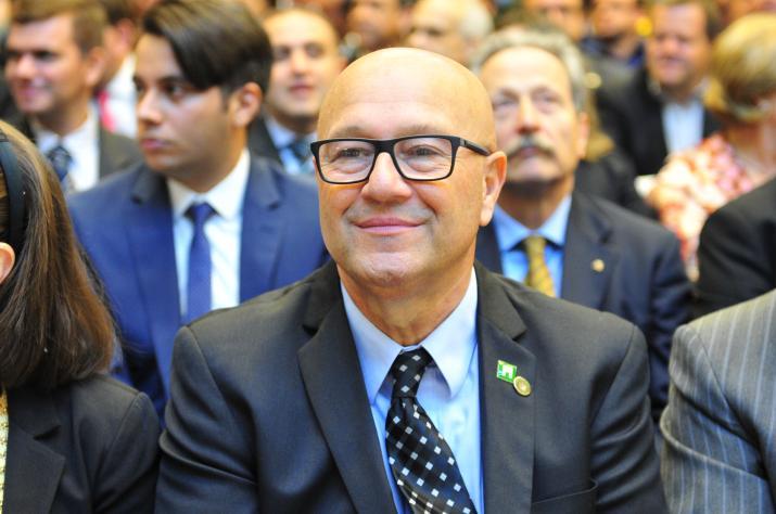 Romanelli deixa Liderança do Governo
