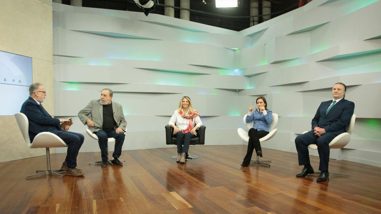 Na É-Paraná, Cida reforça gestão municipalista no primeiro mês de governo