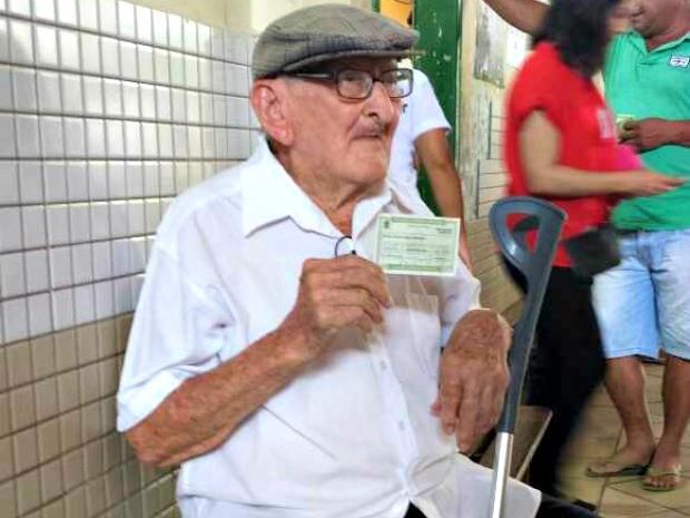 Número de eleitores idosos no país supera o de jovens