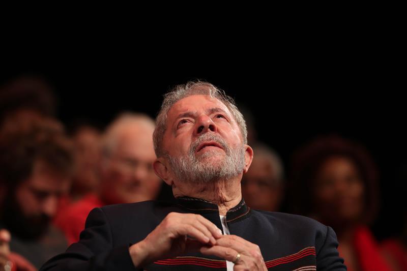 Para maioria, nada muda com a prisão de Lula