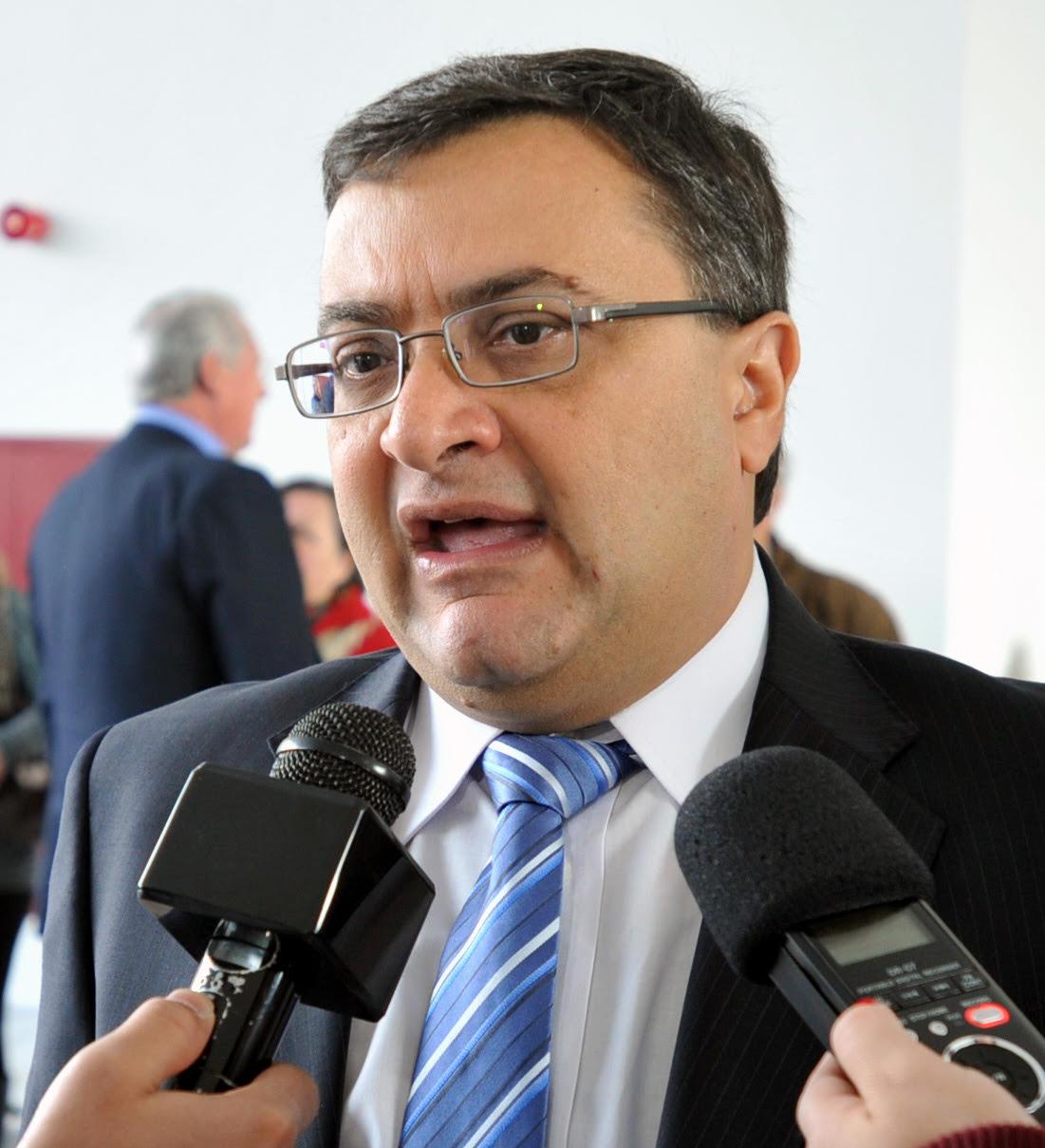 Michele Caputo destaca contratação de mais 55 trabalhadores na saúde