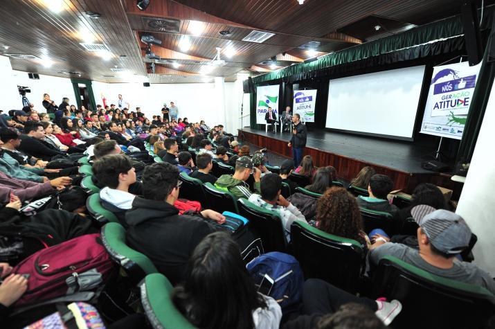 Projeto estimula estudante a fazer projeto de lei em Guaratuba