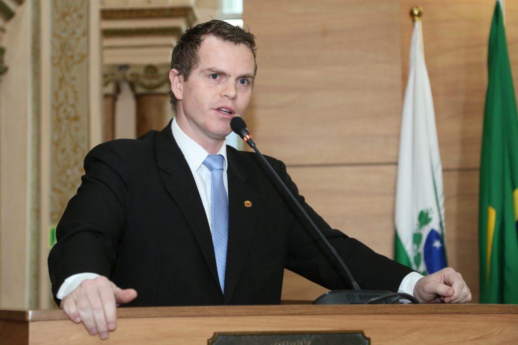 Bruno Pessuti confirma pré-candidatura a deputado estadual