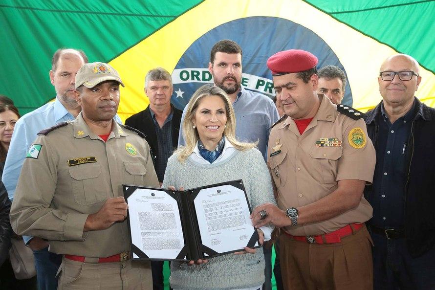 Cida anuncia nova sede do Corpo de Bombeiros em SAP para atender a região do Norte Pioneiro
