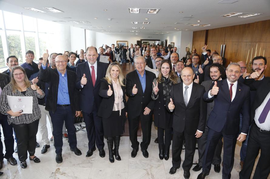 Paraná é líder em vagas de empregos pelas Agências do Trabalhador