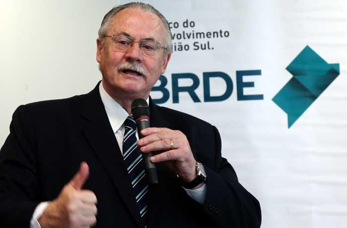 BRDE fomenta a economia da região Sul do País, diz Pessuti